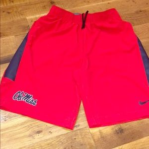 NEW NIKE OLE MISS Athletic Sports Shorts Sz M